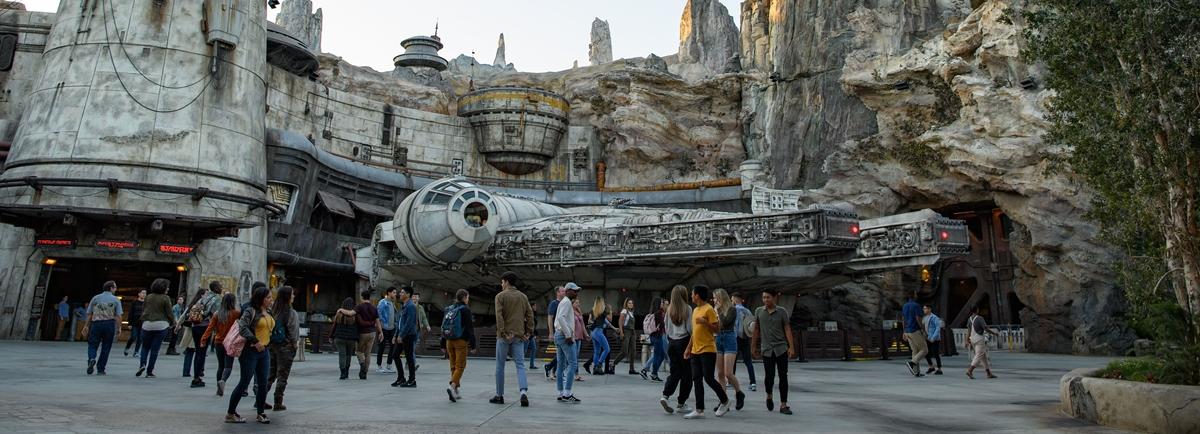 Confira como é Star Wars: Galaxy´s Edge, nova área da Disneyland